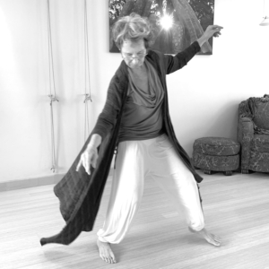 Body Joy: 5Rhythms Dance with Bella Dreizler