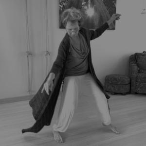 Body Joy: 5Rhythms Dance with Bella Dreizler